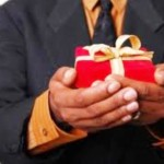 Should I Keep A Gift From An Ex If I No Longer Love Him?